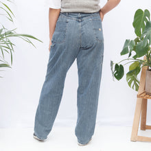 Load image into Gallery viewer, 90s Wrangler Cargo Jeans