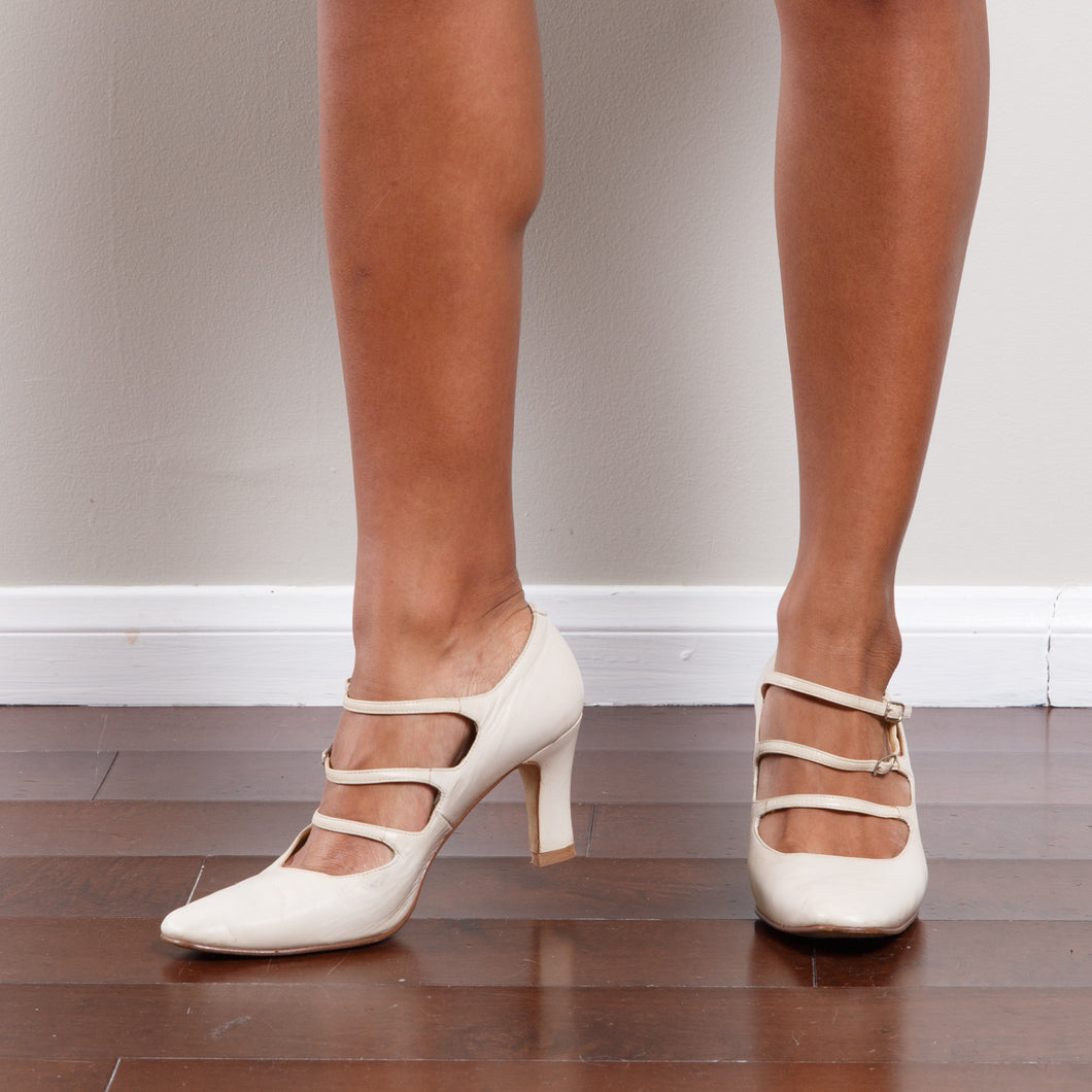 Vintage Strappy Cream Heel