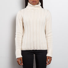 Load image into Gallery viewer, Chunky Knit Wool Turtleneck