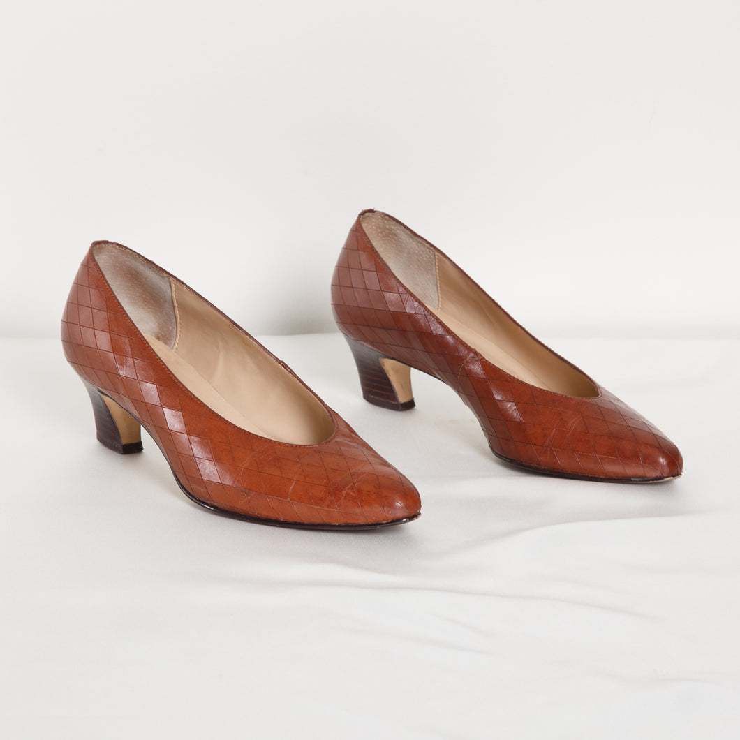 Vintage Brown Kitten Heels