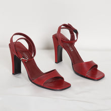 Load image into Gallery viewer, Vintage Red Leather High Heel