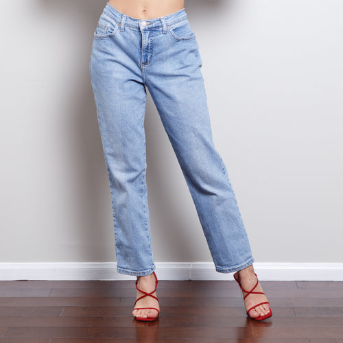 90s Light Wash High Waisted Jeans