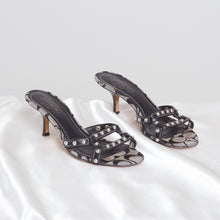 Load image into Gallery viewer, 90s Studded Coach Heels