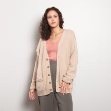 Load image into Gallery viewer, Chunky 90s Beige Cardigan