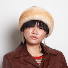 Load image into Gallery viewer, Shearling Winter Hat