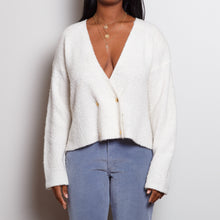 Load image into Gallery viewer, 80s Cropped White Sweater