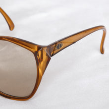 Load image into Gallery viewer, Christian Dior 2233 Sunglasses