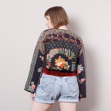 Load image into Gallery viewer, Vintage Quilted Cropped Blazer