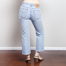 Load image into Gallery viewer, Vintage 517 Light Wash Levi's