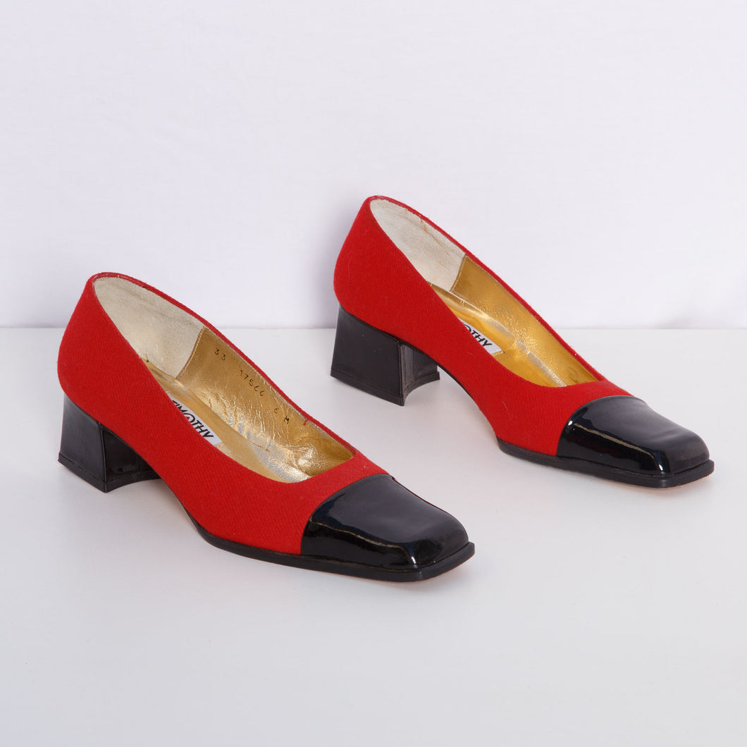 Vintage Spanish Red and Black Kitten Heels
