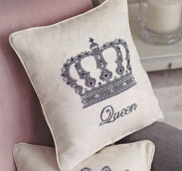 Cross Stitch Kit Queen Panel Cushion Front, Anette Eriksson