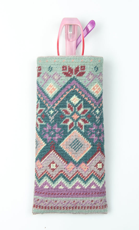 Fair Isle Tapestry Kit Glasses Case/Phone Case Needlepoint, Appletons
