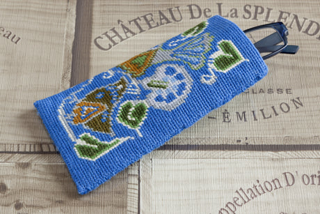 Birds Tapestry Kit Glasses Case/Phone Case, Cleopatra's Needle