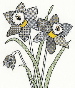 Creative Blackwork Embroidery Kit, Daffodils Blackwork XBW7