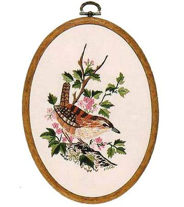 Embroidery Kit Wren Oval, Design Perfection E192