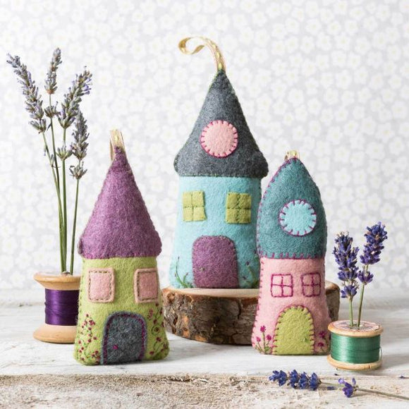Lavender Houses Wool Felt Embroidery Kit, Corinne Lapierre -set of 3