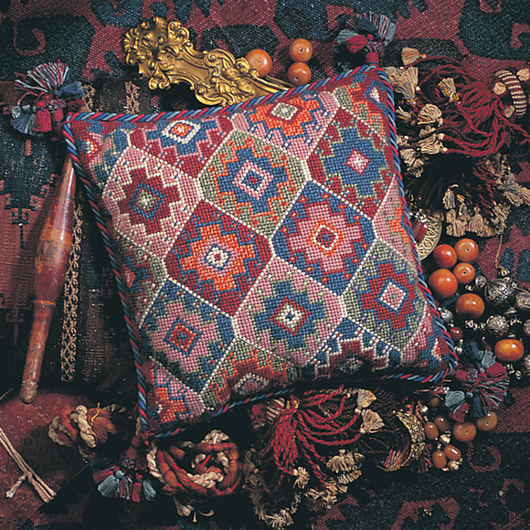Glorafilia Tapestry Kit Needlepoint Kit Turkish Kelim GL424