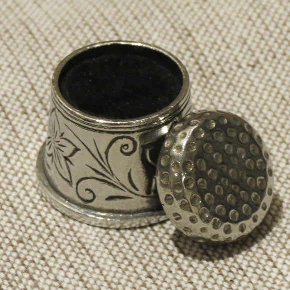 English Pewter Thimble Pin Cushion 8632