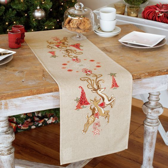 Leaping Reindeer Runner Printed Cross Stitch Kit, Embroidery Vervaco PN-0150838