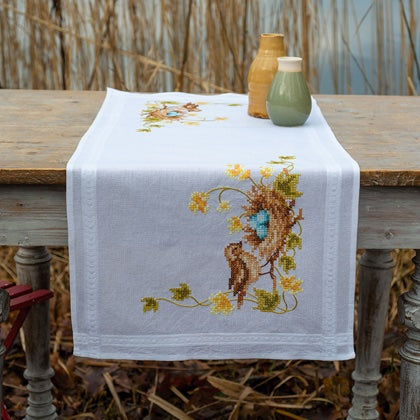 Little Bird in Nest Runner PRINTED Cross Stitch Kit, Embroidery Vervaco PN-0183686