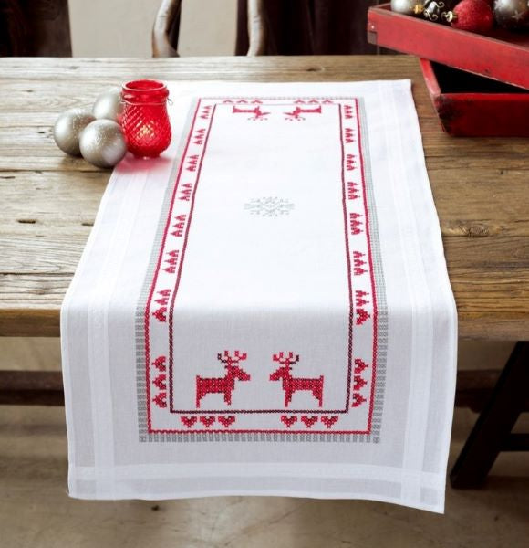 Red Reindeer Runner PRINTED Cross Stitch Kit, Embroidery Vervaco PN-0147682