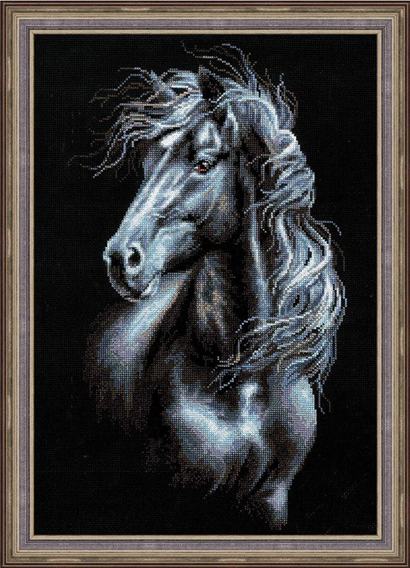 Breeze Through Mane Cross Stitch Kit Riolis R1494