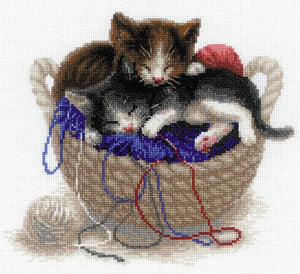 Cross Stitch Kit Kittens in a Basket, Counted Cross Stitch Riolis R1724