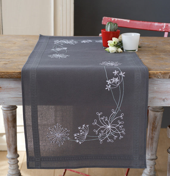 White Flowers Tablecloth PRINTED Embroidery Kit Runner, Vervaco PN-0165300