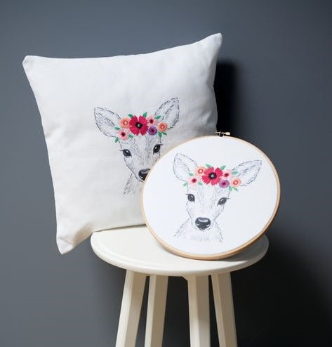 Deer with Flowers Embroidery Kit, Vervaco pn-0170263