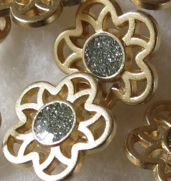 Metal Buttons, Gold Flower Silver Glitter Button - 14mm