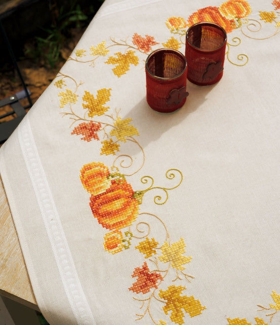 Pumpkins Tablecloth Printed Cross Stitch Kit, Embroidery Vervaco PN-0147423