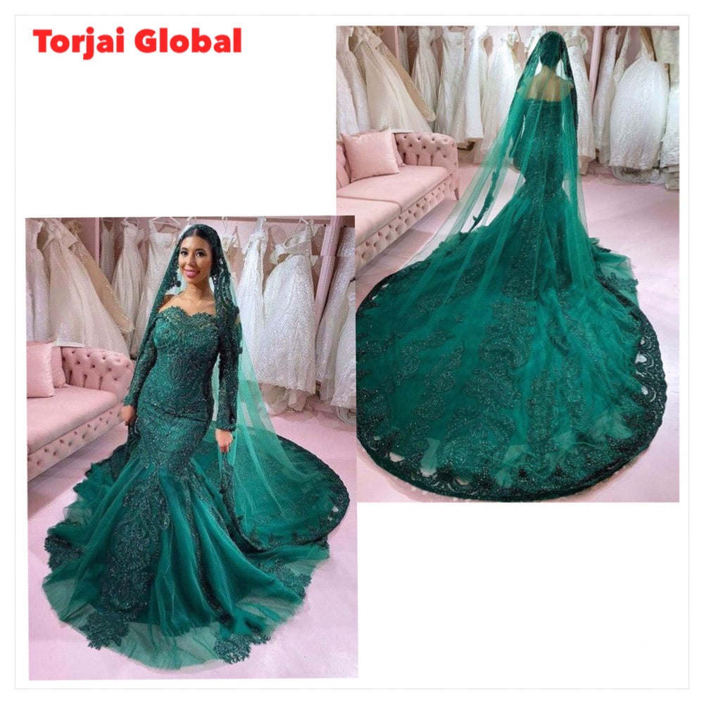 Off Shoulder Green Mermaid Bridal Dress With Bridal Veil