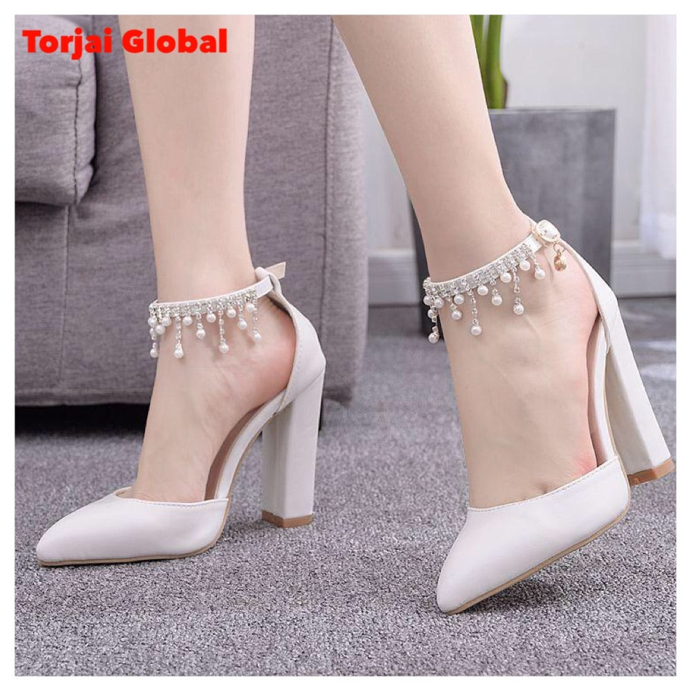 Pointed Toe Women's White Wedding Shoes