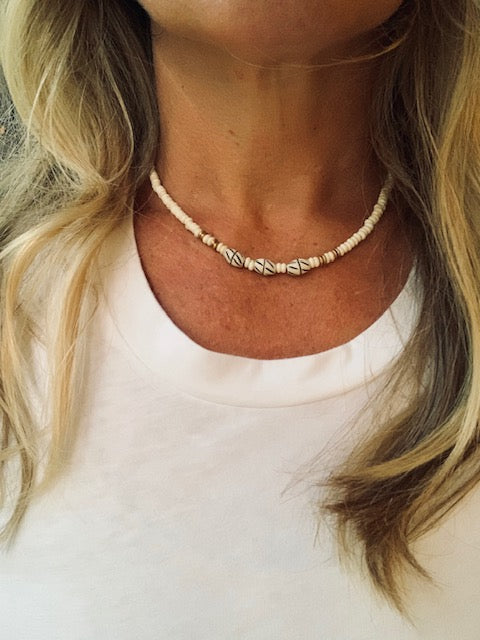 Neutral Short Beaded Necklace