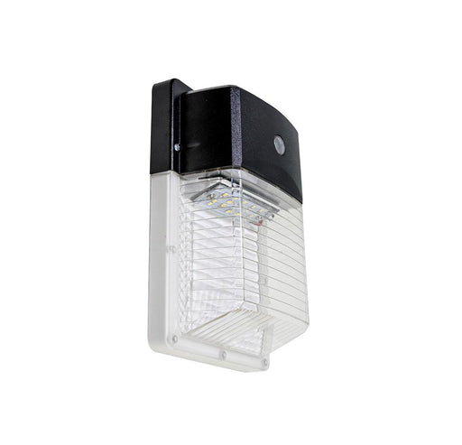 The WLE-LED Eco Wall Light is an efficient and DLC certified outdoor fixture with a traditional look. SKU: RAB090016, RABWLELED12B4KBLKP$3 UPC: 061184900166