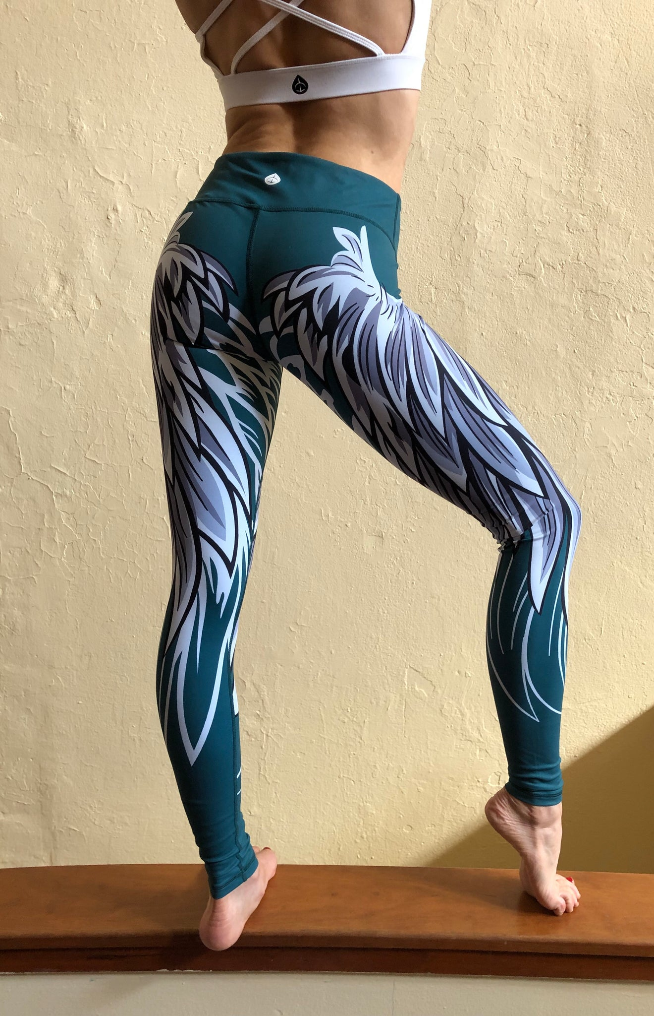 Reversible Wing Leggings - Philly Edition