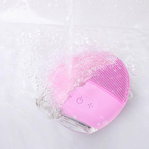 Rechargeable Silicone Facial Cleaner Rechargeable Silicone Facial Cleaner trendpicky