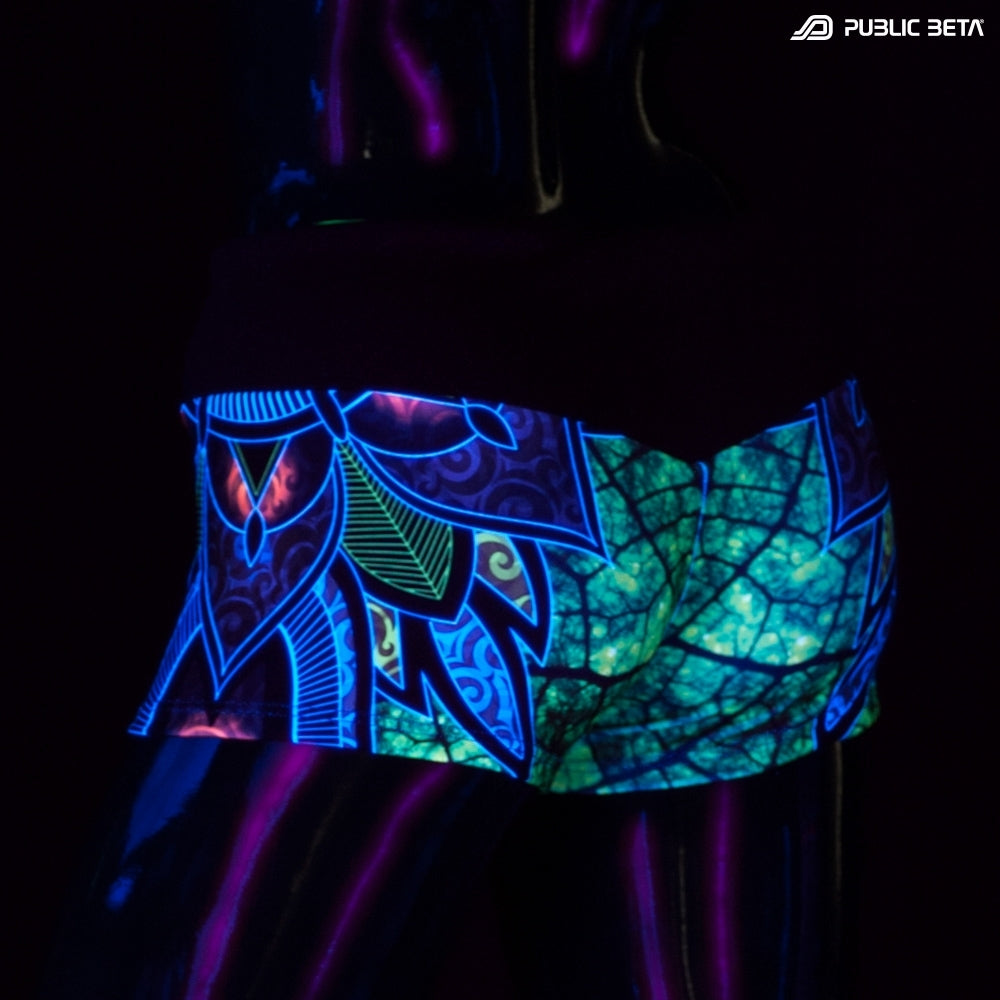 Psychedelic nature hotpants