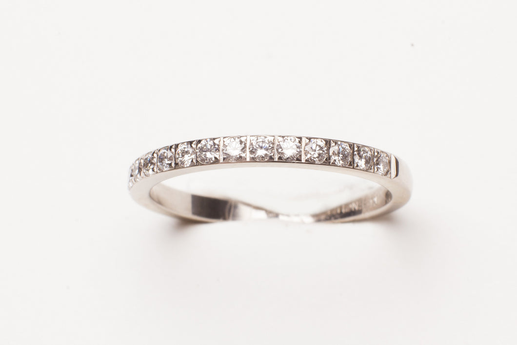 14KT WG  .32CTTW 2MM PAVE DIAMOND BAND
