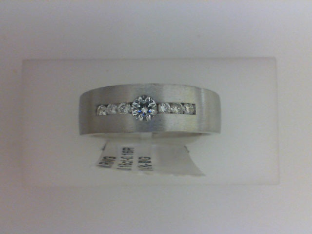 14KT WG .32CTTW RD DIA BAND CENTER DIA .16CT W 6 RD .16CTTW