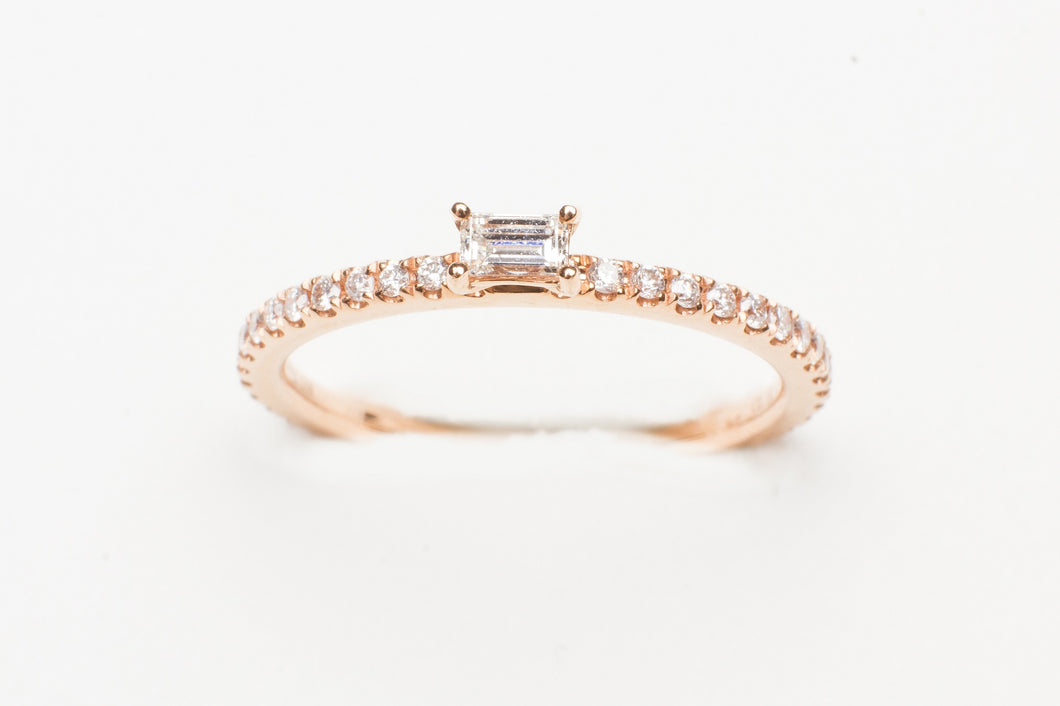 18KT RG STACK RING WITH .34CTTW EC/RD DIA