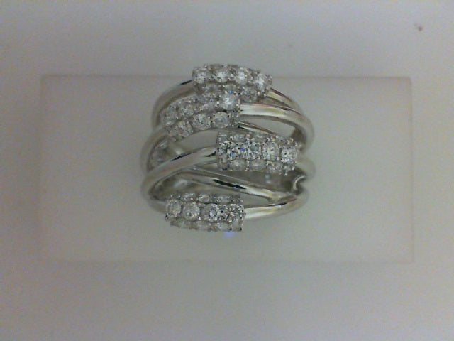 14KT WG 40 RD DIA  1.30CTTW FASHION RING