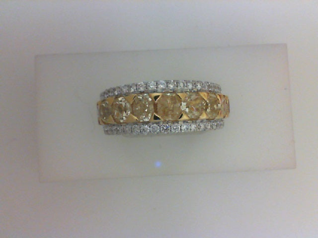 18K WG/ YG .59CTTW RD 44 DIA W 3.53CTTW 10 YELLOW DIA BAND RING