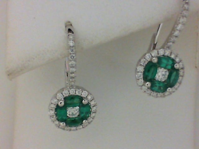 18KT WG LEVER BACK EMER & DIA CIRCLE EARRINGS