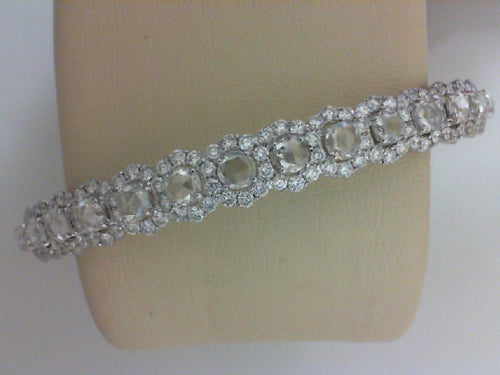 18KT WG 2.31CTTW 154 RD DIA W 2.67CTTW 19 ROSE CUT DIA BANGLE BRACELET