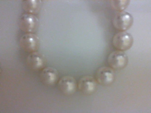 13.9X12.1MM RD WHITE SOUTH SEA PEARLS NOT STRUNG NO CLASP