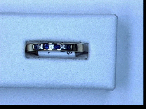 14KT YG .13CT DIA .22CT SAPHIRE BAND