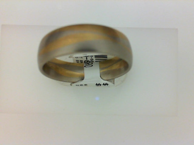 14KT TT BRUSHED WEDDING BAND WAVY