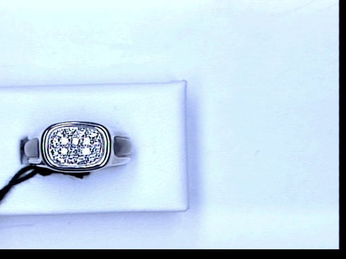 18KT WG RING W PAVE DIAMONDS