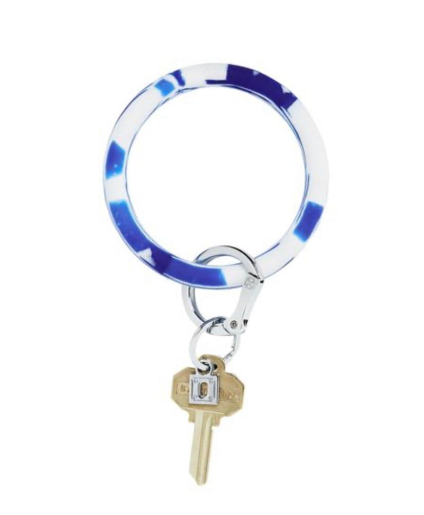 Rubber blue marble oventure keyring